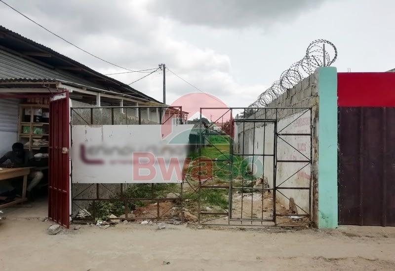 Terreno 980 m2 Centro Cidade de São Tomé